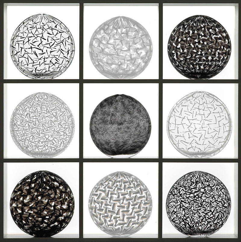 4) Black&White Oval Glassweaver Collection, 2009, 74x74x16,5 cm-67